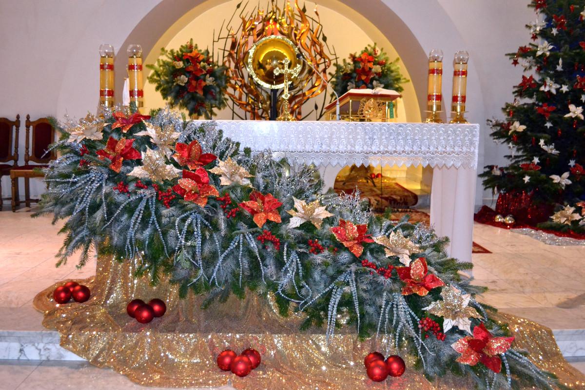 Dekoracje świąteczne Boże Narodzenie 2017 Parafia